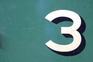3のマーク